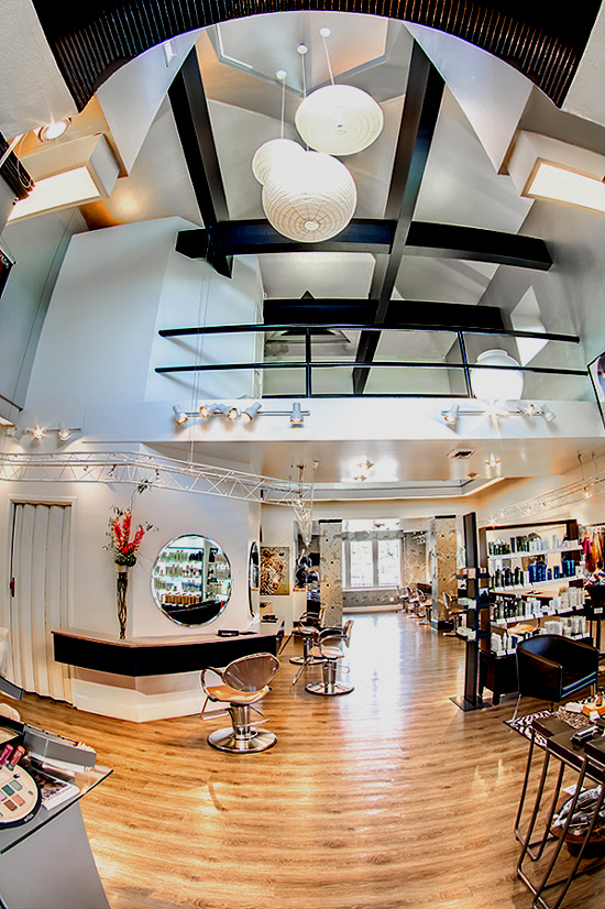 Tour Salon Hazelton Hair Salon - View 1