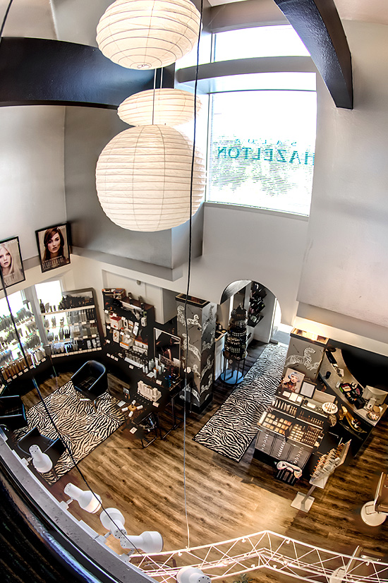 Tour Salon Hazelton Hair Salon - View 2